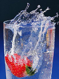 How Alkaline Ionized Water Fights Against Free Radicals?